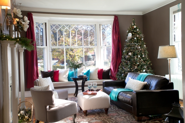 Holiday Home Tour - living room