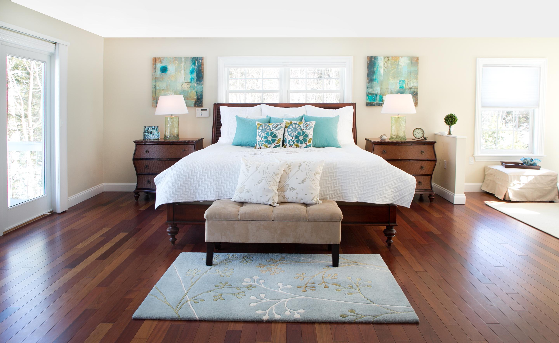 Coastal master bedroom retreat the good home interiors for Good house interiors